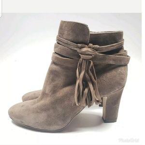 Lauren Ralph Lauren Belcia Fringe Boots sz 9